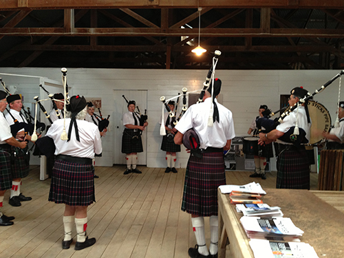 At Aramoana filmgoers were entertained by the Drones & Sticks pipe band.