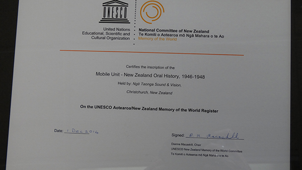 The certificate of inscription.