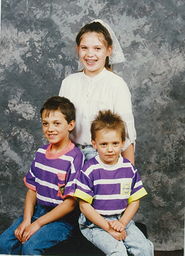 Renee: some great 80s outfits, complete with dappled photography studio background. Who could forget school photo day?