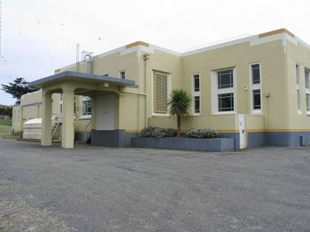 RNZ Titahi Bay transmitter buildings. Image courtesy of RNZ.