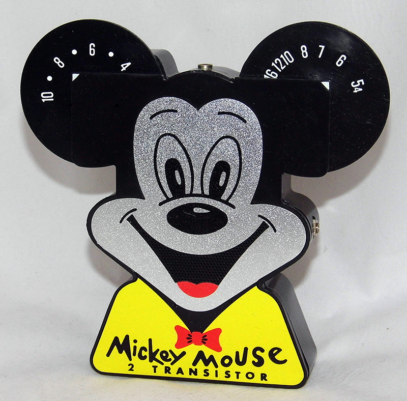 Vintage Mickey Mouse 2 transistor radio By Gabriel Toy Co., c. 1960s. Photo by Joe Haupt, USA [CC BY-SA 2.0 (http://creativecommons.org/licenses/by-sa/2.0)], via Wikimedia Commons.