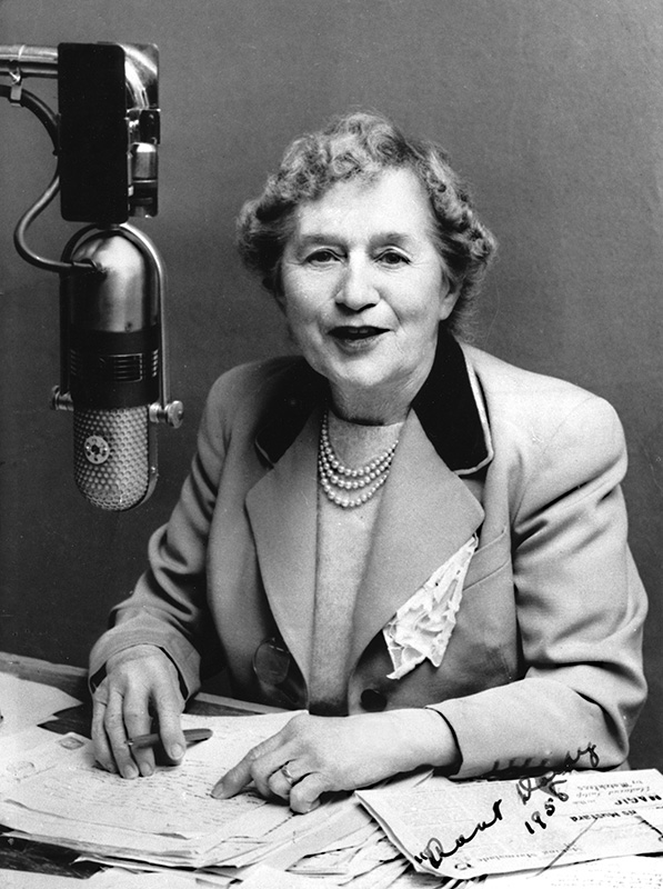 Aunt Daisy (Maud Ruby Basham), a darling of NZ commercial radio (image: Ngā Taonga Sound & Vision Documentation Collection).