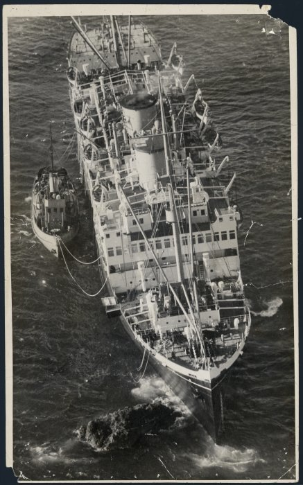 Aerial view of the Wanganella on Barrett's Reef, Wellington. Dominion post (Newspaper): Photographic negatives and prints of the Evening Post and Dominion newspapers. Ref: EP-Ships-Wanganella-01. Alexander Turnbull Library, Wellington, New Zealand. http://natlib.govt.nz/records/22700770
